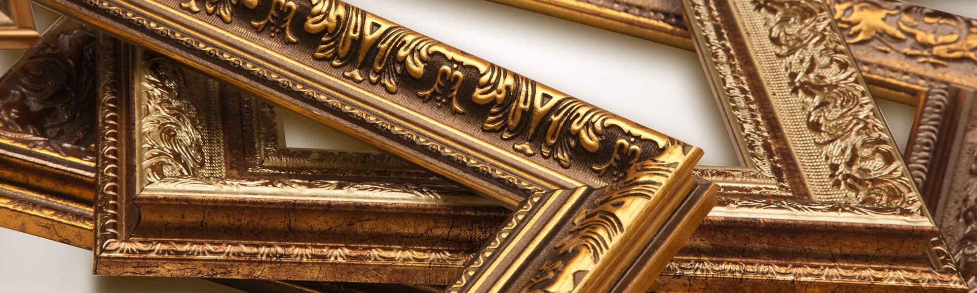 Guarda le cornici classiche proposte da Centro cornici Brambilla di Lecco.